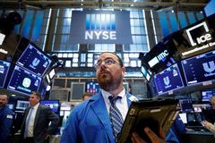 Phố Wall phục hồi nhờ cổ phiếu công nghệ, số liệu kinh tế Mỹ