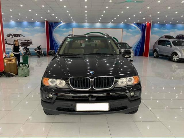 BMW X5 15 năm tuổi bán lại giá ngang xe máy