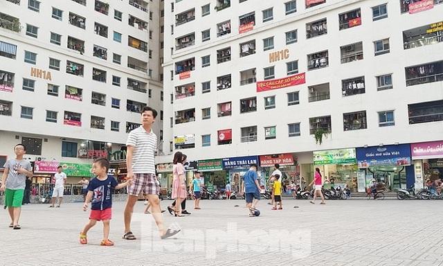 Yêu cầu làm 'sổ đỏ' cho khu chung cư vạn dân ở Hà Nội
