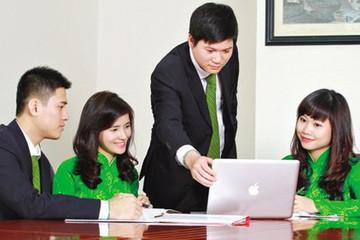 Vietcombank bổ nhiệm 2 giám đốc chi nhánh, tuyển loạt lao động