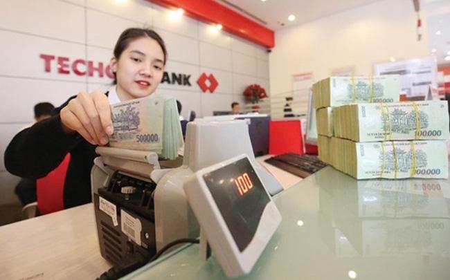 Lo nợ xấu, lợi nhuận nhiều ngân hàng nhỏ giảm mạnh