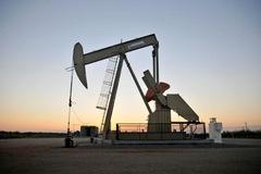 Giá dầu giảm, mất mốc 40 USD/thùng