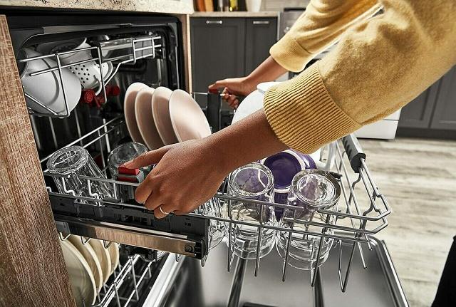 Những sai lầm khi dùng máy rửa bát