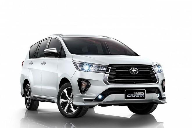 Toyota Innova 2021 có thêm bản máy dầu 2.8L giống 'đàn anh' Fortuner