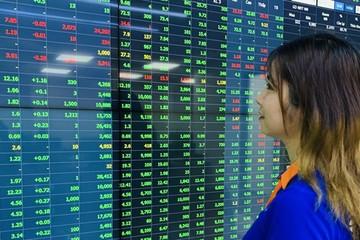 Nhiều cổ phiếu lớn bị bán mạnh cuối phiên, VN-Index chốt phiên trong sắc đỏ