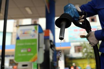 Doanh nghiệp kinh doanh xăng dầu quý III: Doanh thu giảm, lợi nhuận phân hóa