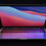 Apple ra mắt Macbook Pro 13 inch giá 1.300 USD