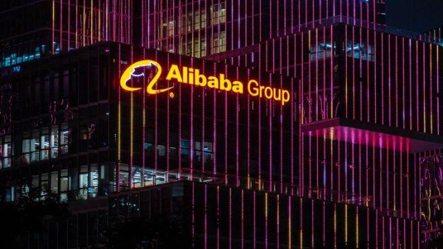 Bị bán tháo liên tục hai ngày, Alibaba, Tencent mất 260 tỷ USD vốn hóa thị trường