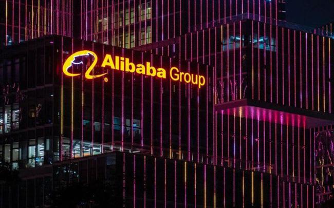 Tỷ phú giàu nhất châu Á quyết đấu với Jeff Bezos ở thị trường bán lẻ sôi động nhất thế giới