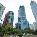 <p> Pháp lý dự án khách sạn 5 sao Hilton Sài Gòn tại số 11 Công Trường Mê Linh, Quận 1 (trong ảnh: tòa nhà thứ 2 từ phải) đang được nhiều cơ quan chức năng tại TP HCM vào cuộc rà soát theo chỉ đạo của UBND thành phố.</p>