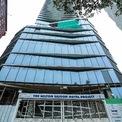 <p> Khách sạn 5 sao này có quy mô 5 tầng hầm, chiều cao gần 40 tầng, tổng diện tích sàn xây dựng khoảng 53.800 m2. Vốn đầu tư dự án khoảng 3.000 tỷ đồng.</p>