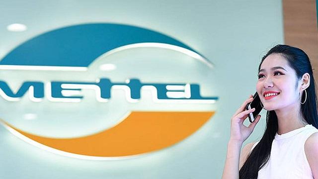 Viettel hợp tác với VinSmart bán smartphone 600.000 đồng/chiếc