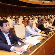 Quốc hội thông qua Luật Cư trú, bỏ sổ hộ khẩu giấy từ 1/1/2023