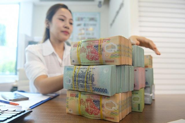 Ngân hàng kỳ vọng tín dụng bật tăng cuối năm