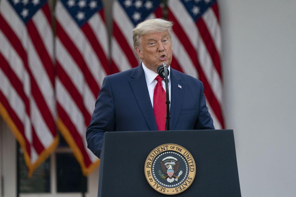 Axios: Trump tính tung thêm 'đòn khó thu hồi' với Trung Quốc