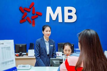 Làn sóng tăng vốn của ngân hàng vẫn tiếp diễn