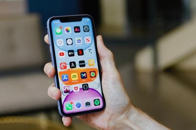 iPhone 11 cũ liên tục giảm giá