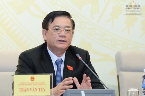 Trưởng ban Công tác đại biểu Trần Văn Tuý.