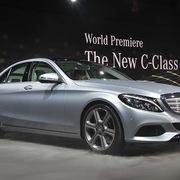 Gần 3.300 xe Mercedes lắp ráp tại Việt Nam bị triệu hồi