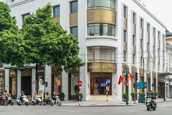 Louis Vuitton, Dior có cửa hàng flagship tại Hà Nội