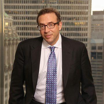 Michael Cembalest, chủ tịch thị trường và chiến lược đầu tư tại JPMorgan Asset Management,