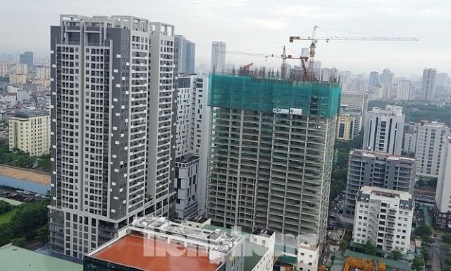 Yêu cầu Bộ Xây dựng làm rõ việc xây tầng lánh nạn đẩy giá căn hộ