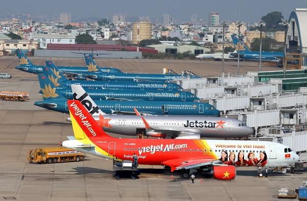 Dịch vụ sân bay phân hóa: SCS và NCT hồi phục nhanh, bán hàng miễn thuế còn chật vật