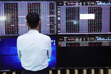 Trái ngược với khối ngoại, tự doanh CTCK đẩy mạnh bán ròng hơn 570 tỷ đồng trong tuần 16-20/11