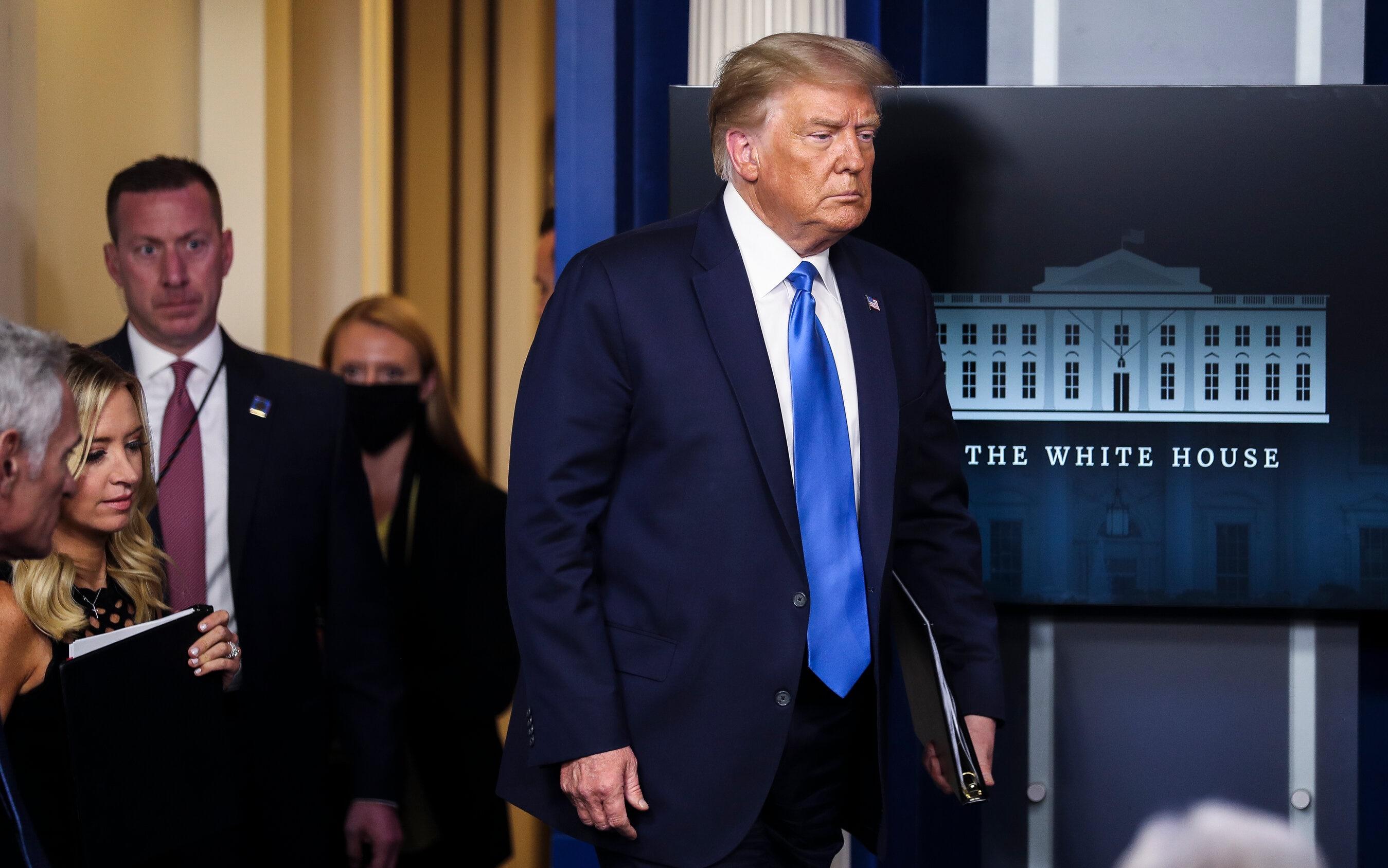 CNN: Trump đang trong giai đoạn 'im hơi lặng tiếng' lâu chưa từng có