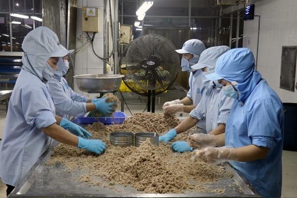 Asia Times: Kinh tế Việt Nam tăng trưởng dương bất chấp đại dịch