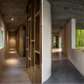 <p> Ở mọi nơi trong ngôi nhà, dòng chảy cuộc sống vẫn tiếp diễn một cách chậm rãi bên những không gian xanh và đảm bảo sự riêng tư tĩnh lặng nhất.</p>