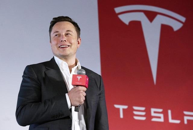 Elon Musk sẽ sớm đe dọa ngôi vị của Jeff Bezos?