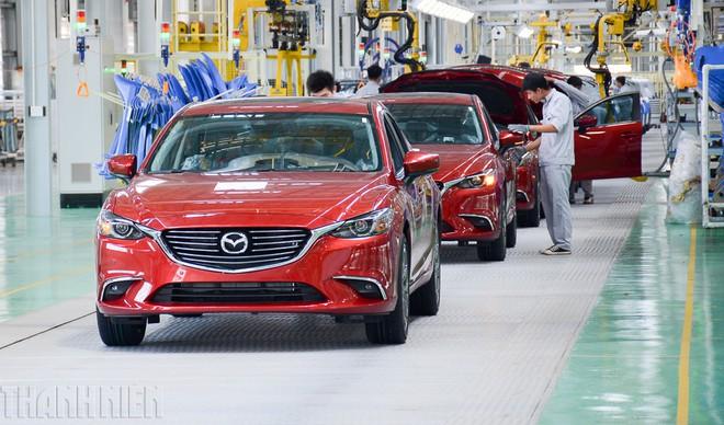 Đề xuất tiếp tục giảm lệ phí trước bạ ôtô 'nội' thêm 6 tháng