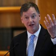 Chủ tịch Fed Chicago: Không nâng lãi suất cho đến năm 2024