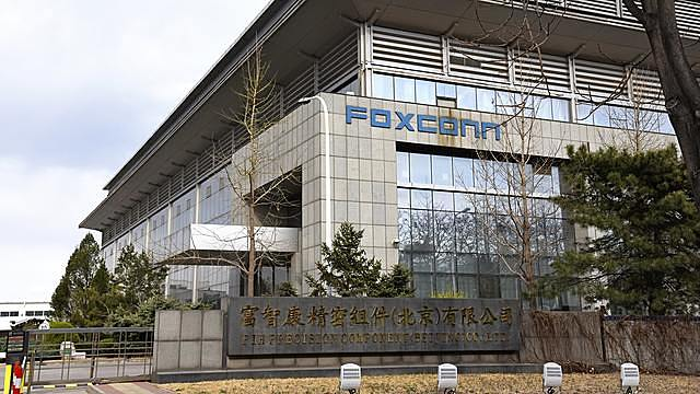 Foxconn will soon establish a new local company in Vietnam, where it already makes TVs, telecom equipment and computer-related products.   © AP