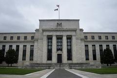 Fed: Quốc hội cần thông qua các biện pháp kích thích bổ sung