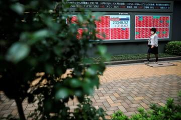 Chứng khoán châu Á phần lớn tăng sau khi Fed công bố biên bản họp tháng 11