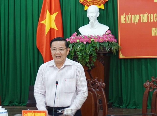 Ông Nguyễn Thành Đông, Phó chủ tịch HĐND TP Cần Thơ, phát biểu tại buổi họp báo.