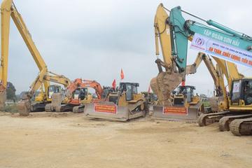 Thêm 2 dự án cao tốc Bắc - Nam xin chuyển đầu tư công