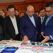 Thủ tướng đối thoại với giới khởi nghiệp