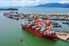 Cảng Quy Nhơn nộp hồ sơ niêm yết HoSE, chốt quyền chia cổ tức tiền mặt năm 2019