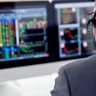 Tự doanh CTCK mua ròng trở lại 636 tỷ đồng trong tuần 23-27/11, tập trung gom HPG và VJC