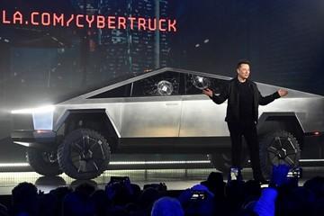 Công ty Elon Musk vượt mặt tập đoàn của huyền thoại Warren Buffett