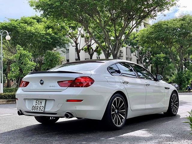 Chiều dài hơn 5 mét và trọng tâm thấp giúp BMW 6-Series Gran Coupe có phong cách sang trọng nhưng vẫn thể thao
