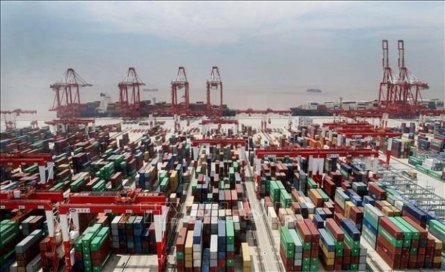lượng container được vận chuyển bằng đường biển từ châu Á tới Mỹ trong tháng 10 chạm mức kỷ lục, tăng 23,3% so với cùng kỳ năm ngoái.