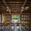 <p> Ngôi nhà nằm ở một vùng nông thôn của tỉnh Phú Thọ, trên diện tích khu đất 1.200 m2. Nhà được sử dụng vật liệu chính là gỗ xoan - loại gỗ phổ biến ở địa phương.</p>