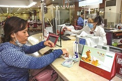 Thừa tiền, ngân hàng đổ xô kích cầu tín dụng cá nhân