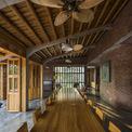 <p> Không gian trong nhà và ngoài trời được quy hoạch theo hình zic zắc nhằm tạo sự linh hoạt trong di chuyển.</p>