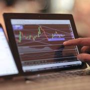 Khối ngoại đẩy mạnh mua ròng 418 tỷ đồng phiên đầu tháng 12