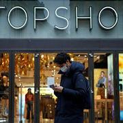 Chủ thương hiệu thời trang Topshop phá sản